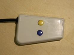Two Button Blue Yellow Response Pad